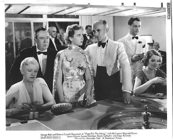 Stills of Hollywood Female Stars in Gambling Scenes http